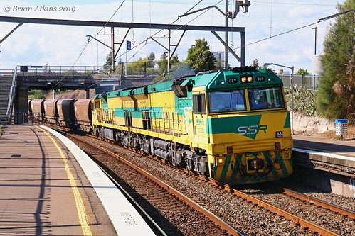 IMG_1848 CEY001 CEY007 train CEY003 Cockle Creek Station NW453 3.6.19_1