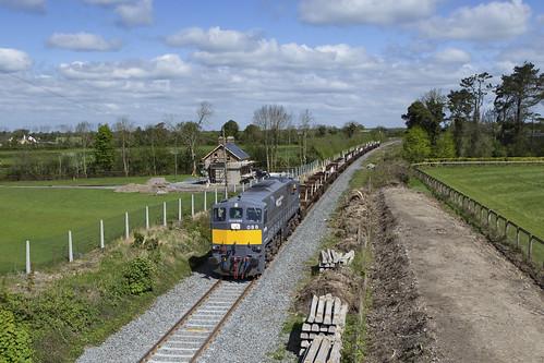 086 on ety steel train at Sullivans bridge 03-May-19
