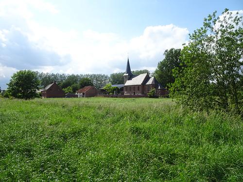 Église Saint-Martin du hameau de Quartes Tournai, Wallonie
