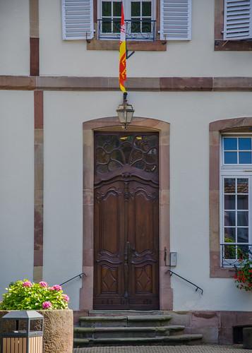 Porte de l'ancien abbaye d'Andlau