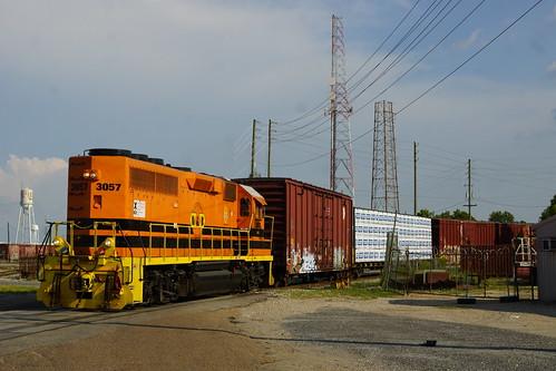 ALABAMA AND GULF COAST EMD GP40-2 #3057 AT MOBILE, AL
