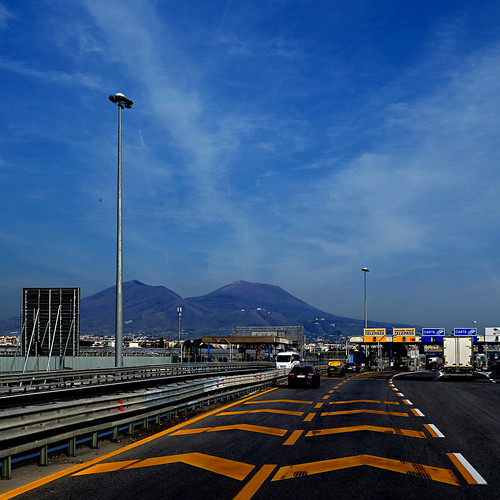 Autostrada Napoli-Salerno, Italia