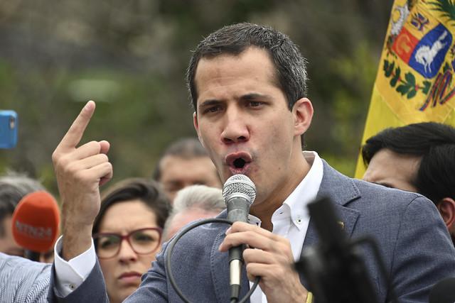 Não é só Bolsonaro: Guaidó também tem astrólogo favorito