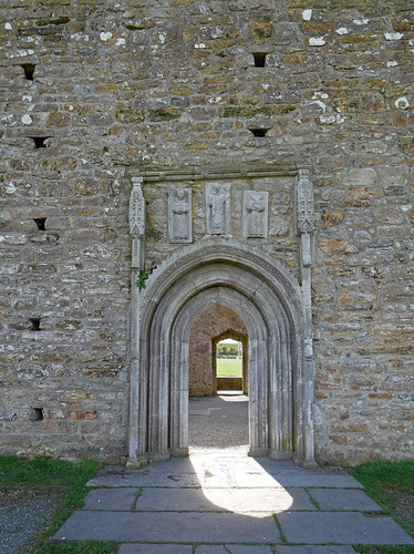 Clonmacnoise Cathedral  door