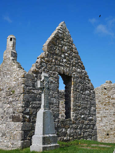 Clonmacnoise Cathedral 3