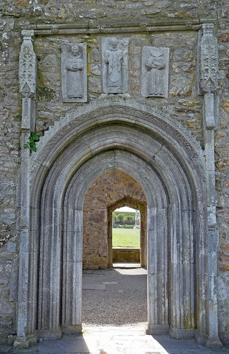 Clonmacnoise Cathedral door 2