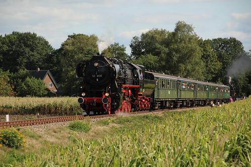 2018-09-01; 0221. VSM 52 8139 en SL 50 0073-2 met trein 40. Ruggeweg, Lieren. Terug naar Toen.