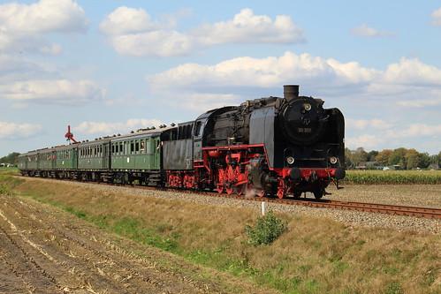 2018-09-01; 0213. VSM 50 307 met trein 39. Ruggeweg, Lieren. Terug naar Toen.