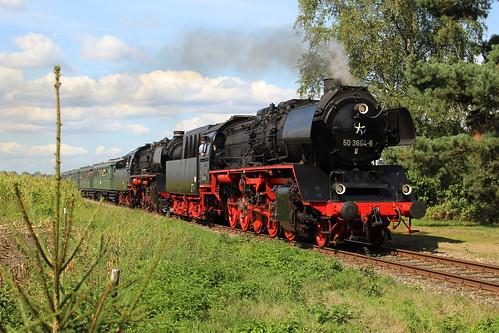 2018-09-01; 0193. VSM 50 3654-1 en 50 0073-2 met trein 35. Wittekruisweg, Lieren. Terug naar Toen.