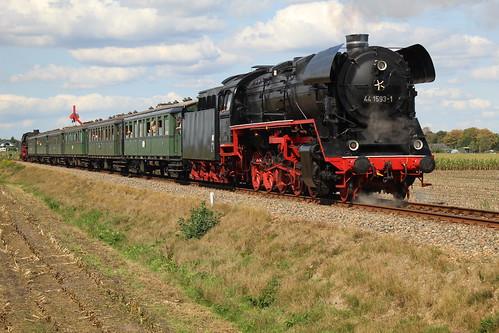2018-09-01; 0186. SSN 01 1075 en SL VSM 44 1593-1 met trein 34. Ruggeweg, Lieren. Terug naar Toen.