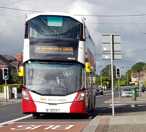 Bus Éireann (Roxborough, Limerick) Dual-door Wright Gemini 3 Volvo B5TL VWD418 (182-L-8) on Route 304 at Lifford Avenue, Ballinacurra, Limerick on Saturday morning, 8th June, 2019