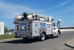 NYPD - ESU - 1998 International Truck - 7067 - (2)
