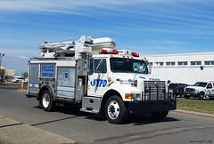 NYPD - ESU - 1998 International Truck - 7067 - (1)