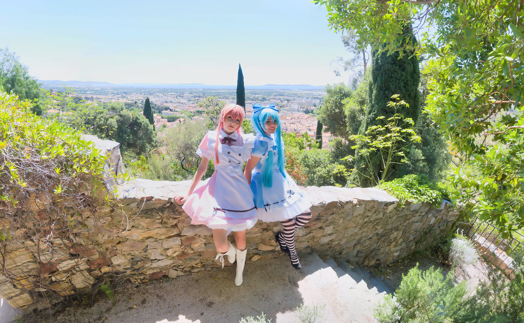 related image - Shooting Vocaloid Alice in Wonderland- Parc Saint Bernard - Hyères -2019-05-30- P1677535-P1677539-v2