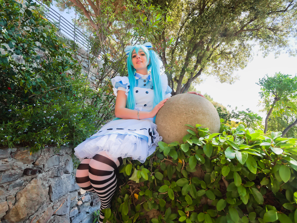 related image - Shooting Vocaloid Alice in Wonderland- Parc Saint Bernard - Hyères -2019-05-30- P1677390