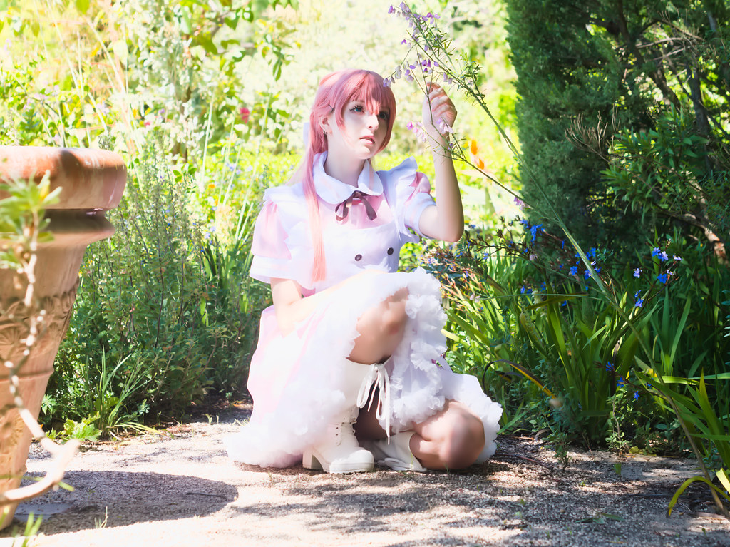 related image - Shooting Vocaloid Alice in Wonderland- Parc Saint Bernard - Hyères -2019-05-30- P1677475