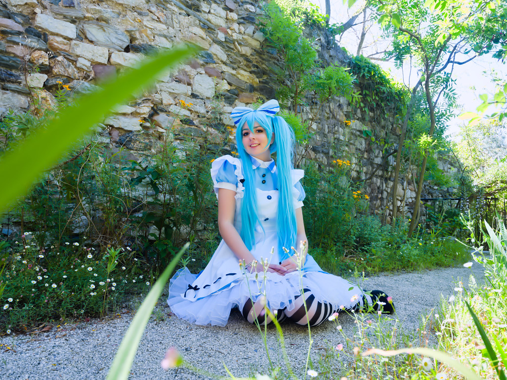 related image - Shooting Vocaloid Alice in Wonderland- Parc Saint Bernard - Hyères -2019-05-30- P1677458