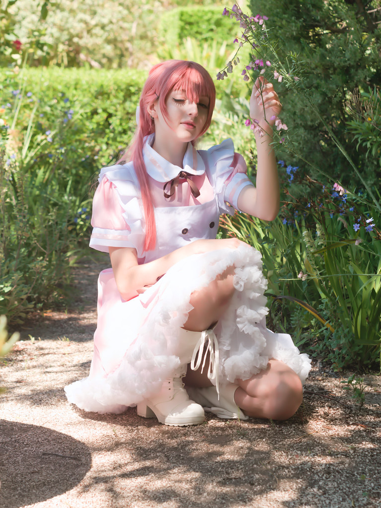 related image - Shooting Vocaloid Alice in Wonderland- Parc Saint Bernard - Hyères -2019-05-30- P1677472