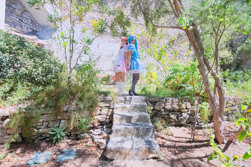 related image - Shooting Vocaloid Alice in Wonderland- Parc Saint Bernard - Hyères -2019-05-30- P1677510