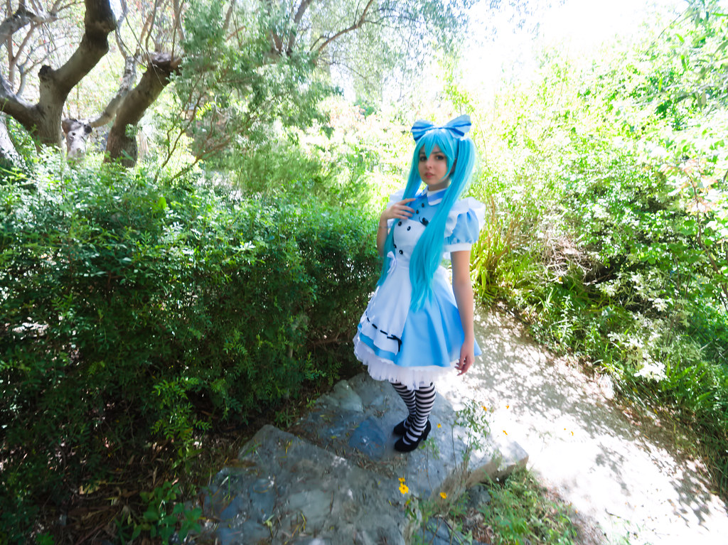 related image - Shooting Vocaloid Alice in Wonderland- Parc Saint Bernard - Hyères -2019-05-30- P1677424