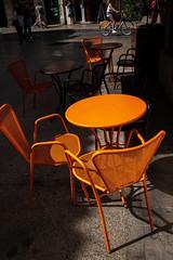 Orange Street Moment - Photo of Montpellier