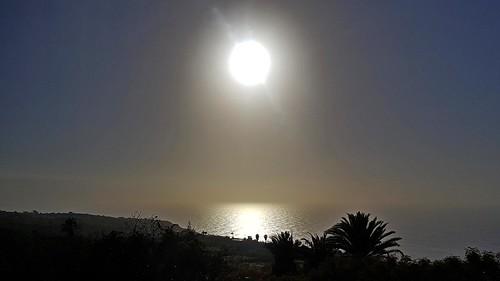 El Sol y la Mar