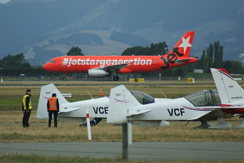 VH-VGF Jetstar Airways Airbus A320-232