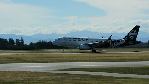 ZK-OXC Air New Zealand Airbus A320-232