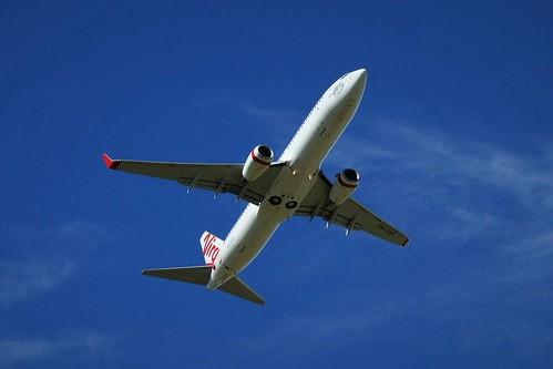 VH-YIV Virgin Australia Boeing 737-8FE