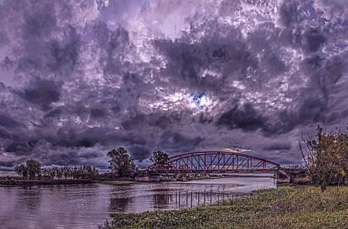 Clouds over the Astorga bridge