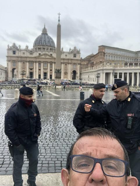Ciudad Vaticano, Plaza San Pedro. (15 Mayo 2019)