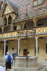 The Old Well, Hospices de Beaune, France. - Photo of Chorey-les-Beaune