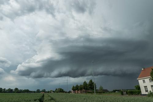 Wallcloud south of Ghent, Belgium