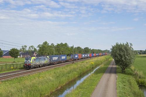 BLS Cargo 475 411, Tricht (NL)