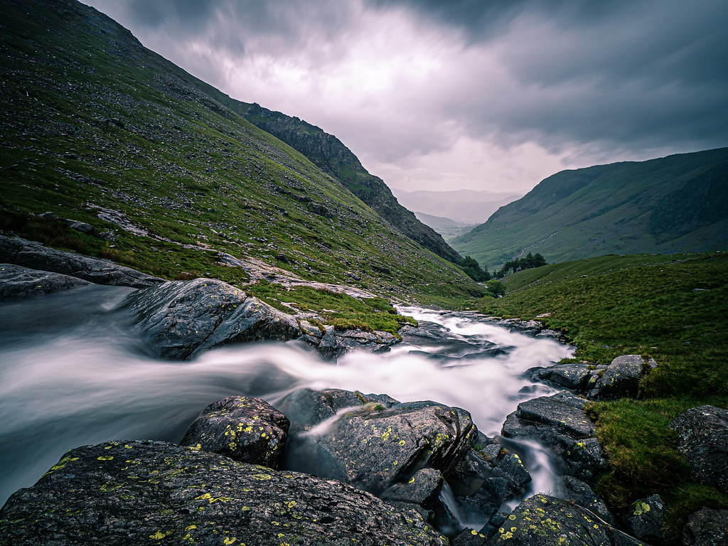 River Derwent, Lake District, UK picture