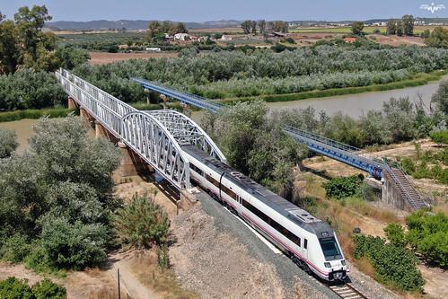598 sobre el Guadalquivir