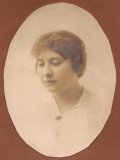 Vere Rubel ca. 1915