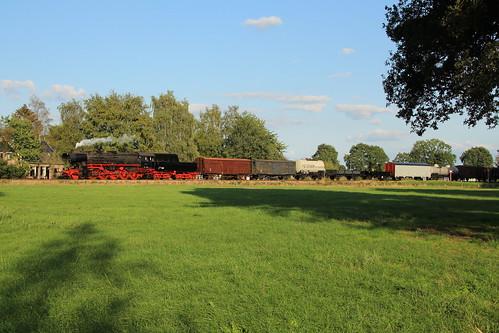 2018-09-01; 0265. VSM 52 8139 met trein 794za. Horsterdijk, Eerbeek. Terug naar Toen.