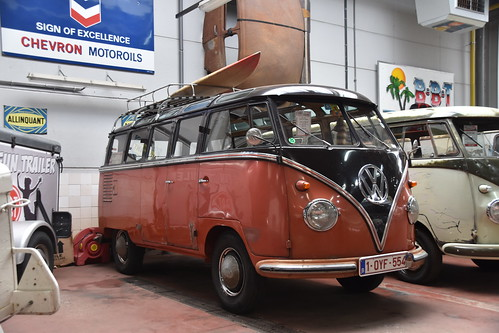 VW T1 Samba (unrestored)