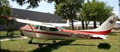 F-GCHF - Cessna FR182 Skylane RG AVN 280519 - Photo of Morières-lès-Avignon