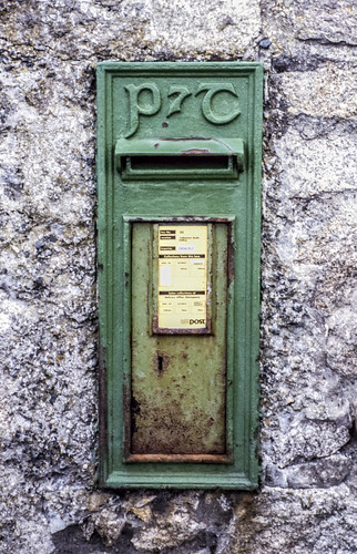 IRL_0050 - P&T Post & Telegraphs- Post Box - Dalkey - Eire - 1994