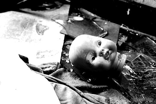 Doll head abandoned