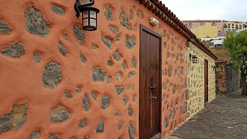 Casas en Amarillo y Salmón
