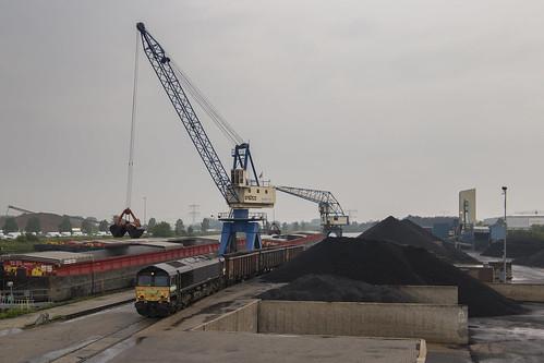 HSL / Railtraxx 266 118, Born (NL)