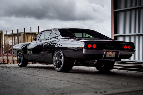 Dodge Charger -68