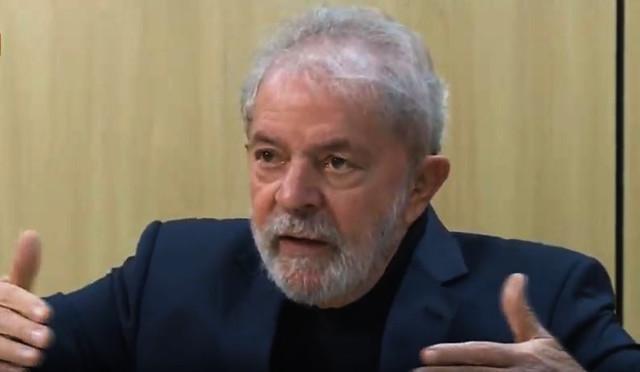 Entrevista foi feita pelos jornalistas Juca Kfouri e José Trajano e transmitida pela TVT na noite desta quinta-feira (13) - Créditos: Reprodução TVT