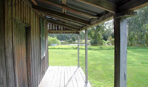 Tom's Hut