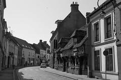 Looking back along The Rue Pierre Ledent - Photo of Estréelles