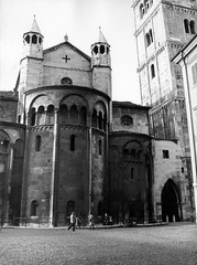 Modena 1976