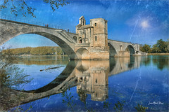 The double - Photo of Avignon